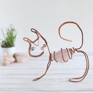 wire sculpture cat with rose quartz